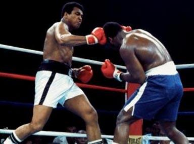 战略与速度之王!重量级拳击冠军阿里神速攻击对手要害!