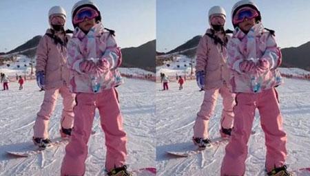 李小璐带女儿甜馨滑雪