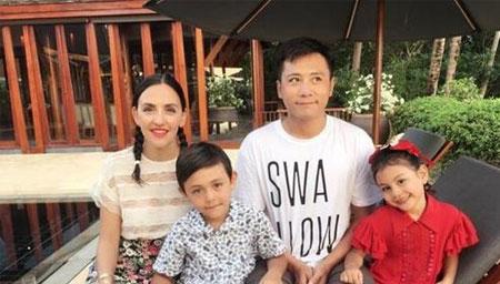刘烨老婆为女儿庆9岁生日
