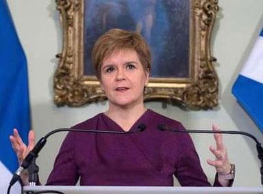 苏格兰首席大臣:约翰逊害怕民主