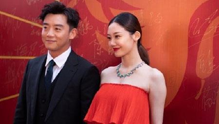 郑恺透露和苗苗今年办婚礼
