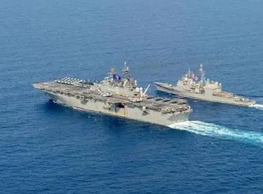 美国海军在阿拉伯海拦截一艘帆船
