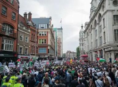 多伦多抗议者:美加等西方国家