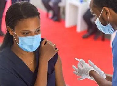 美国就疫苗知识产权表态引争议