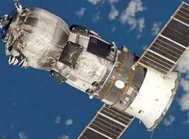 中国空间站航天员首次出舱